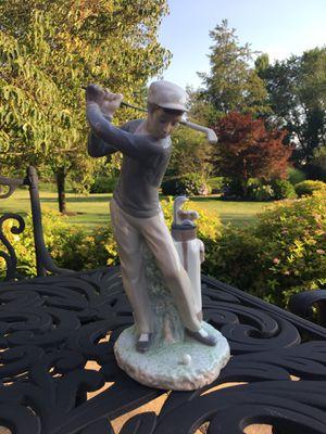 LLADRO Golfer Figurine for Sale in Trenton, NJ