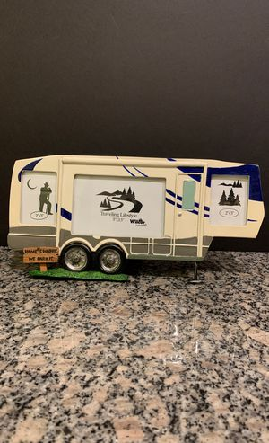 NEW Novelty 5th Wheel RV outdoors collectible picture frame for Sale in Denver, CO