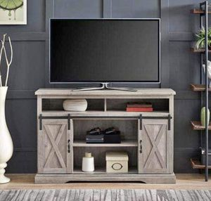 Media TV stand holds up to 55in 34in high for Sale in Houston, TX