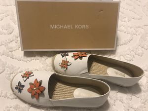 New size 9 Michael Kors leather woman's shoes for Sale in Columbus, OH
