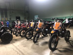 Brand new 125cc dirtbike with warranty for Sale in New Lenox, IL