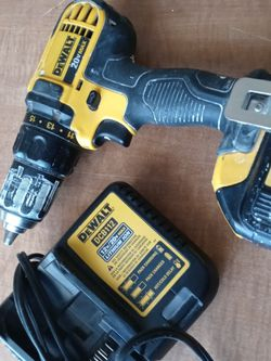 Dewalt 20v Max Drill and Charger for Sale in Las Vegas,  NV