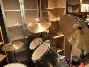 Awesome Drum Set for Sale in Addison, IL