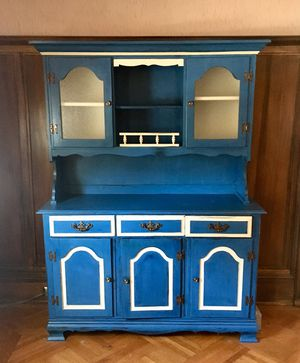 Vintage Refurbished Hutch Hand Painted & Distressed for Sale in Bloomsburg, PA