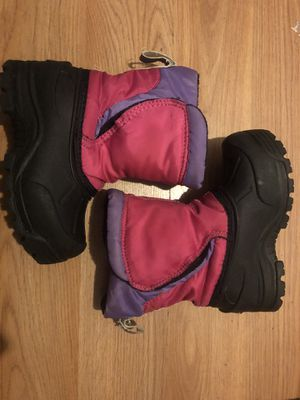 Northside toddler girl snow boots for Sale in Santa Ana, CA