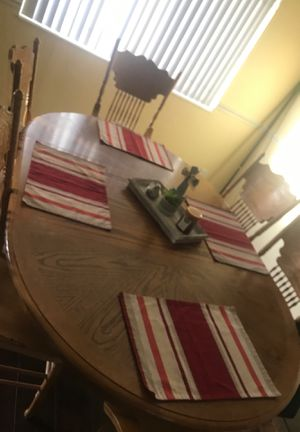 Kitchen table for Sale in Hollister, CA