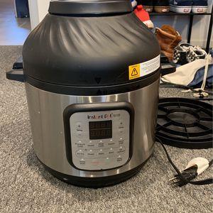 Instant Pot Duo Crisp + Air Fryer for Sale in Oceanside, CA