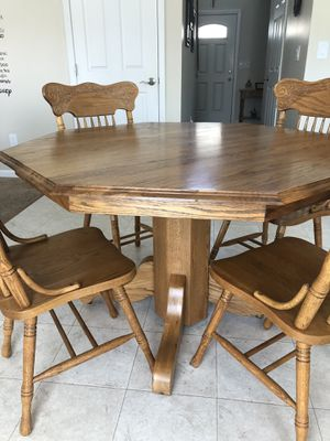 Solid Oak Kitchen Table and Chairs for Sale in Hilliard, OH