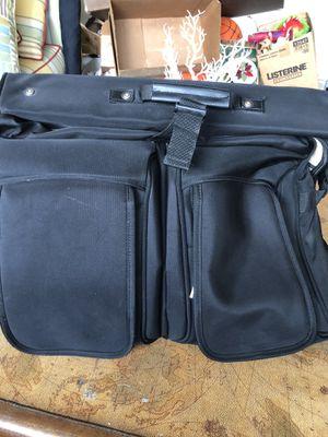 GARMENT Bag (KENNETH COLE New York) for Sale in Gulfport, FL