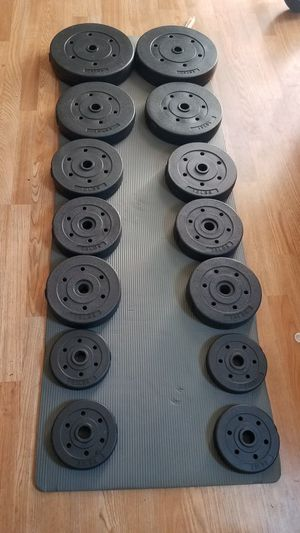 140lbs Standard weight set 2x25lbs 2x15lba 2x10lbs 4x7.5lbs 4x2.5lbs for Sale in Montebello, CA