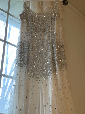 Embroidered glamorous white dress! Great for prom and wedding. for Sale in Columbus, OH