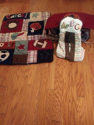 BABY BUMPER, COMFORTER, AND DIAPER CADDY SET $10 for Sale in Raleigh, NC
