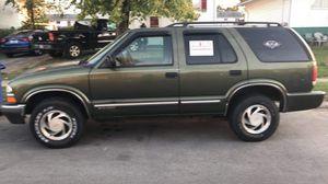 2001 Chevy Blazer four door four-wheel drive for Sale in Obetz, OH