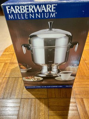 Farberware stainless steel coffee urn for Sale in Brooklyn, NY