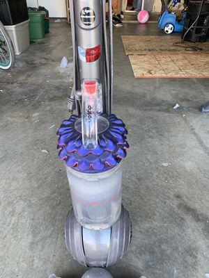 Dyson vacuum with attachments for Sale in Rialto, CA