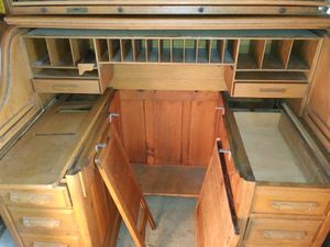 Antique rolltop desk 80+ years old for Sale in Chula Vista, CA