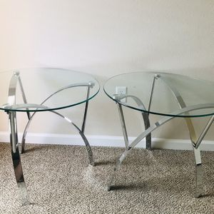 A Beautiful Glass Top Table for Sale in Fresno, CA