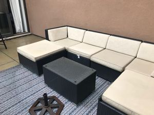 Outdoor furniture set-huge couch, coffee table & chaise for Sale in New York, NY