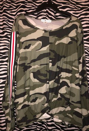 Camo long sleeve shirt for Sale in Phoenix, AZ