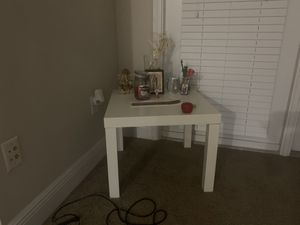 dining room and tb table all for 180 for Sale in Tampa, FL