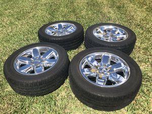 GMC 20 inch 6 lug Denali wheels and tires for Sale in Hialeah, FL