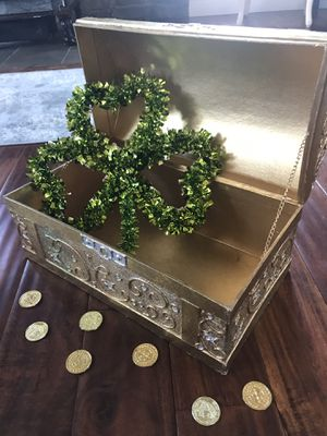 St Patty's Day treasure chest for Sale in Southampton Township, NJ