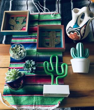 Cactus southwest boho home decor bundle for Sale in Madera, CA