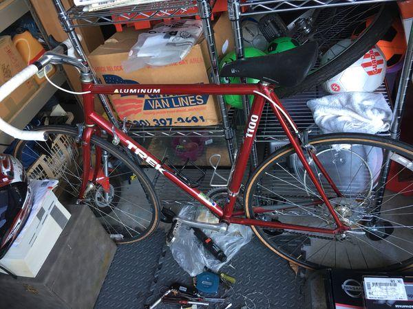 Trek 1100 road bike bicycle Aluminum new 58cm