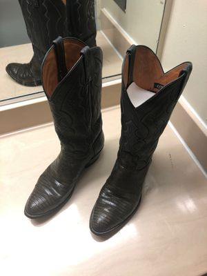 J. CHISHOLM BOOTS SIZE 9D LEATHER AND SNAKESKIN for Sale in NO POTOMAC, MD