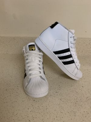 Adidas shoes size 2. for Sale in Montgomery Village, MD