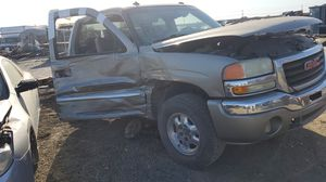 2004 GMC Sierra parting out for Sale in Woodland, CA