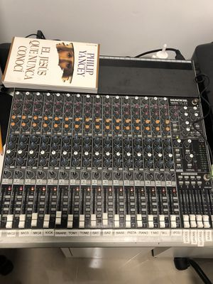 Mackie 1604-VLZ3 Good Working condition NEED TO SALE!!!! MAKE ME AND OFFER!!!!!! for Sale in Miami, FL