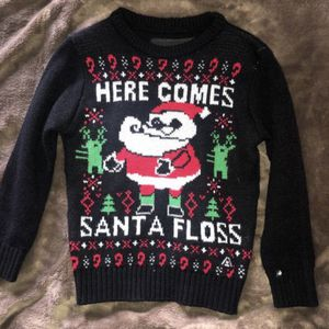 Boy Size 6 Here Comes Santa Floss Christmas Sweater for Sale in Fontana, CA