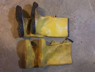 Rubber Boots - Two Pairs for Sale in Sanatoga,  PA