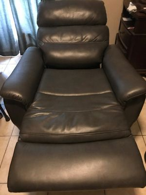 Electric sofa recliner for Sale in Phoenix, AZ