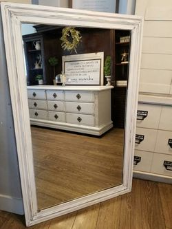 GORGEOUS Farmhouse Shabby Chic White Mirror for Sale in Meridian,  ID