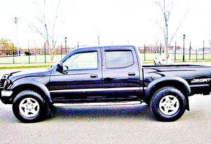 ֆ14OO 4WD Toyota Tacoma 4WD for Sale in San Mateo, CA