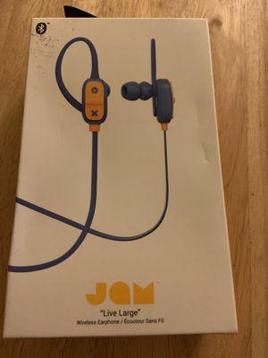 Earphone , wireless, Bluetooth, headphone, sweat resistant for Sale in Chula Vista, CA
