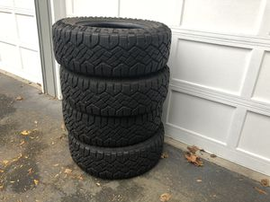 Goodyear Duratrac 275/65/18 for Sale in Bothell, WA
