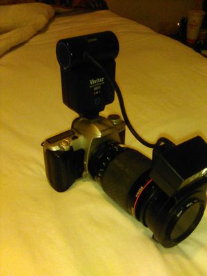 Camera Pentax vivitar series auto thyristor flash for Sale in Wichita, KS