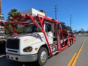 2000 Freightliner 5 car hauler for Sale in Anaheim, CA