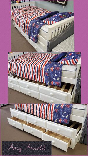 Twin Over Twin Captains Daybed for Sale in Glendale, AZ