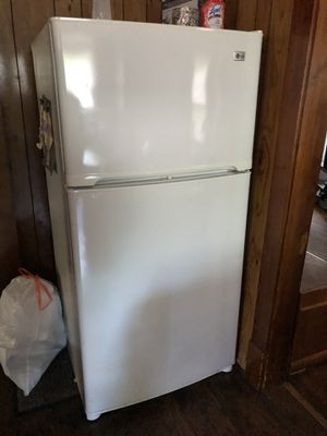 Lg fridge for Sale in North Olmsted, OH