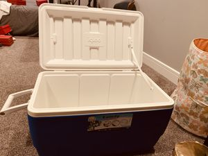 Cooler for Sale in Seattle, WA
