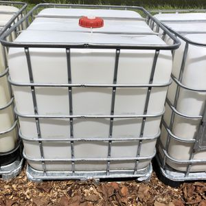 275 gallon Water Tanks for Sale in Lehigh Acres, FL