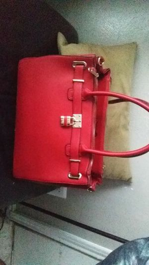 Red Women's Purse for Sale in Mesquite, TX
