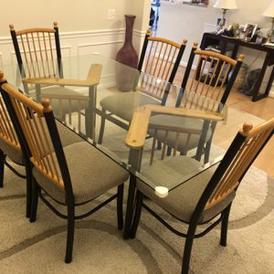 Dining Table With 6 Cushioned Chairs for Sale in Ashburn, VA