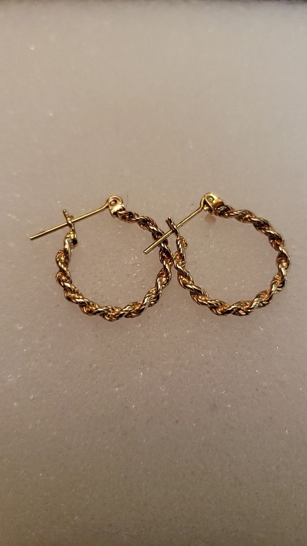 14kt solid not hollow rope style earrings
