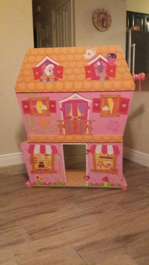 Lalaloopsy sew magical wood doll house for Sale in Bradenton, FL