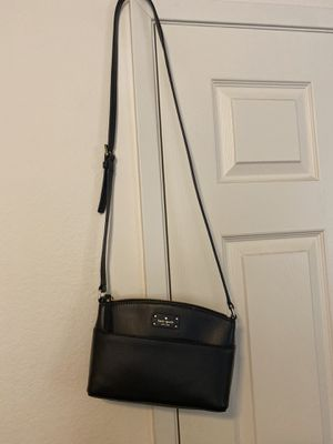 Kate spade black crossover purse for Sale in Monterey Park, CA